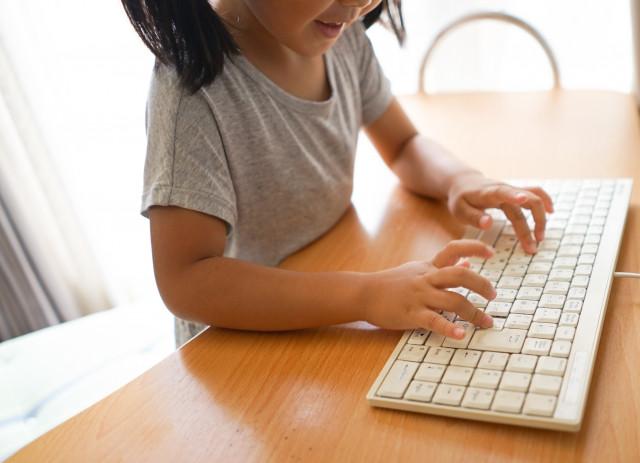 子供の頃にプログラミングを習得する利点とは?